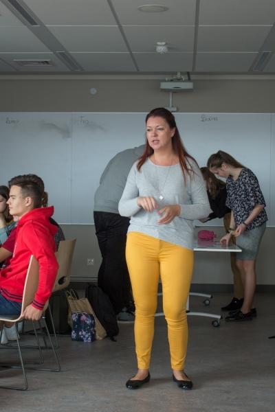 """Karjeras attīstības atbalsta nodarbības  10.klasēm """"Es gribu veidot savu profesionālo identitāti"""""""