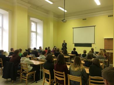 Karjeras nedēļa - absolventu pieredze Saeimā