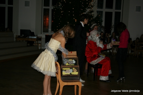 Ziemassvētku balle