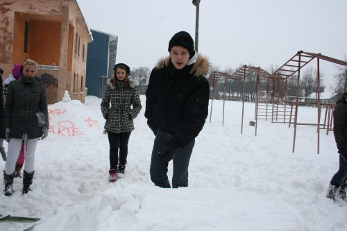 Sniega veidojumi