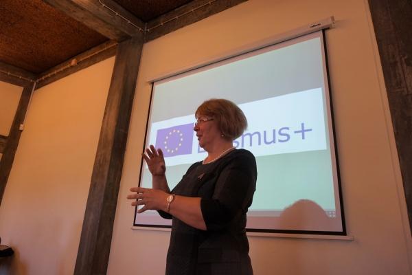 IKT aktīvā mācīšanās un mācīšanas procesā - iedvesmojoši, izaicinoši, aizraujoši