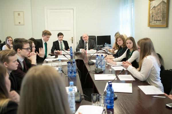 7. Jauniešu Saeima
