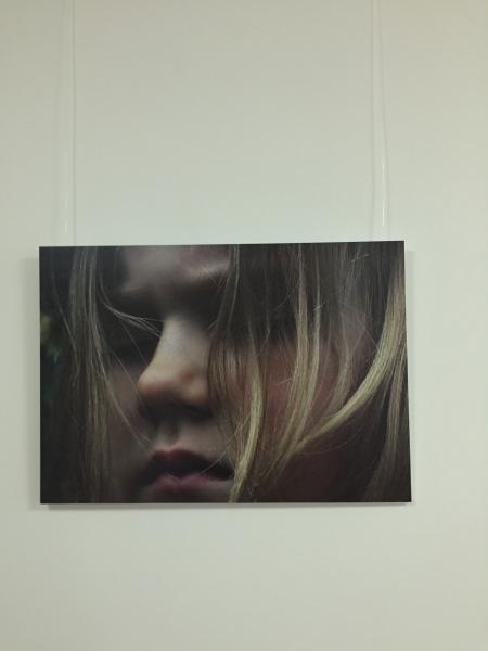 """Gitas Auzānes fotoizstāde """"Divas pasaules"""""""