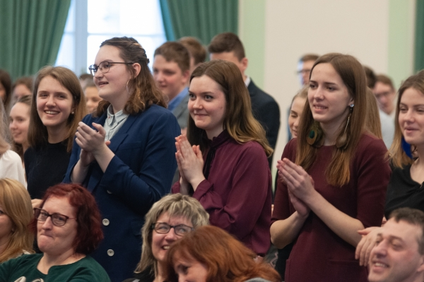 Jelgavas Valsts ģimnāzijas audzēkņu rezultāti 10. Zemgales reģiona skolēnu zinātniski pētniecisko darbu konferencē