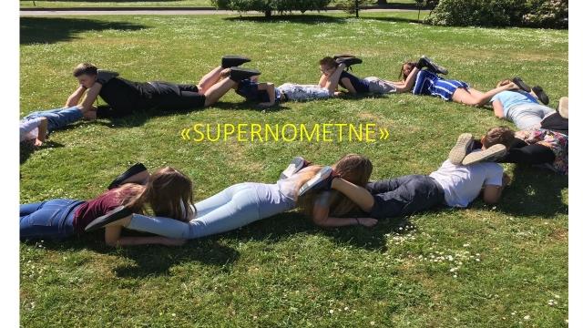 """Supernometne"""
