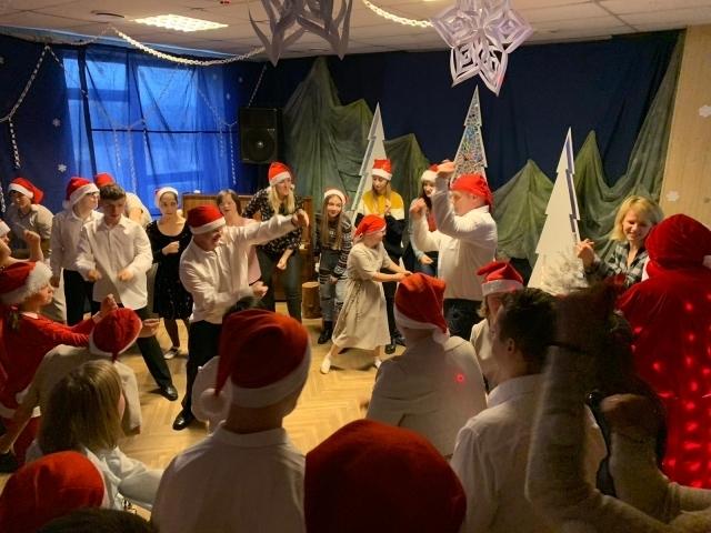 """Ziemassvētku labdarības koncerts VSAC """"Rīga"""" filiālē """"Baldone"""""""