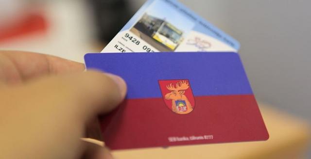 Rasti pagaidu risinājumi norēķiniem ar Jelgavas iedzīvotāju un skolēnu kartēm
