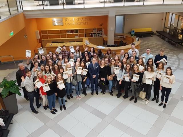 RSU Jauno mediķu akadēmija