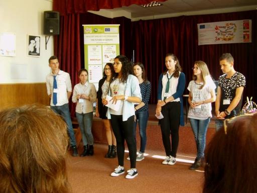 Veseli un aktīvi jaunieši - Eiropas nākotne